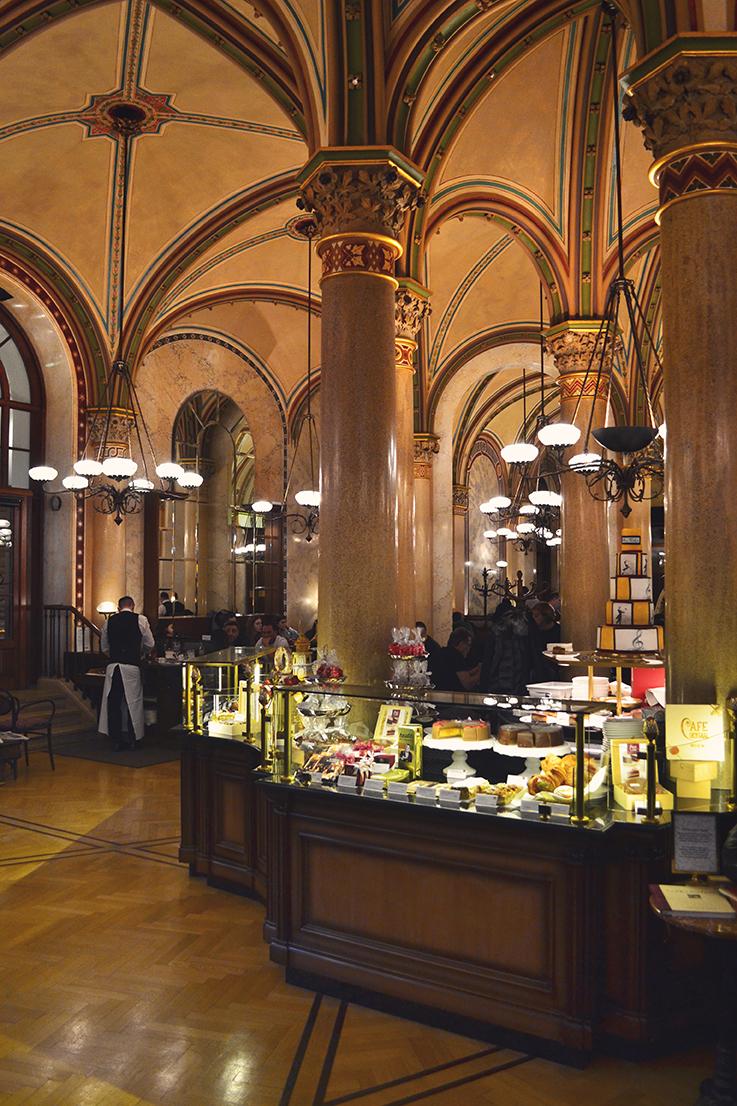 Cafe Central Vienne interieur