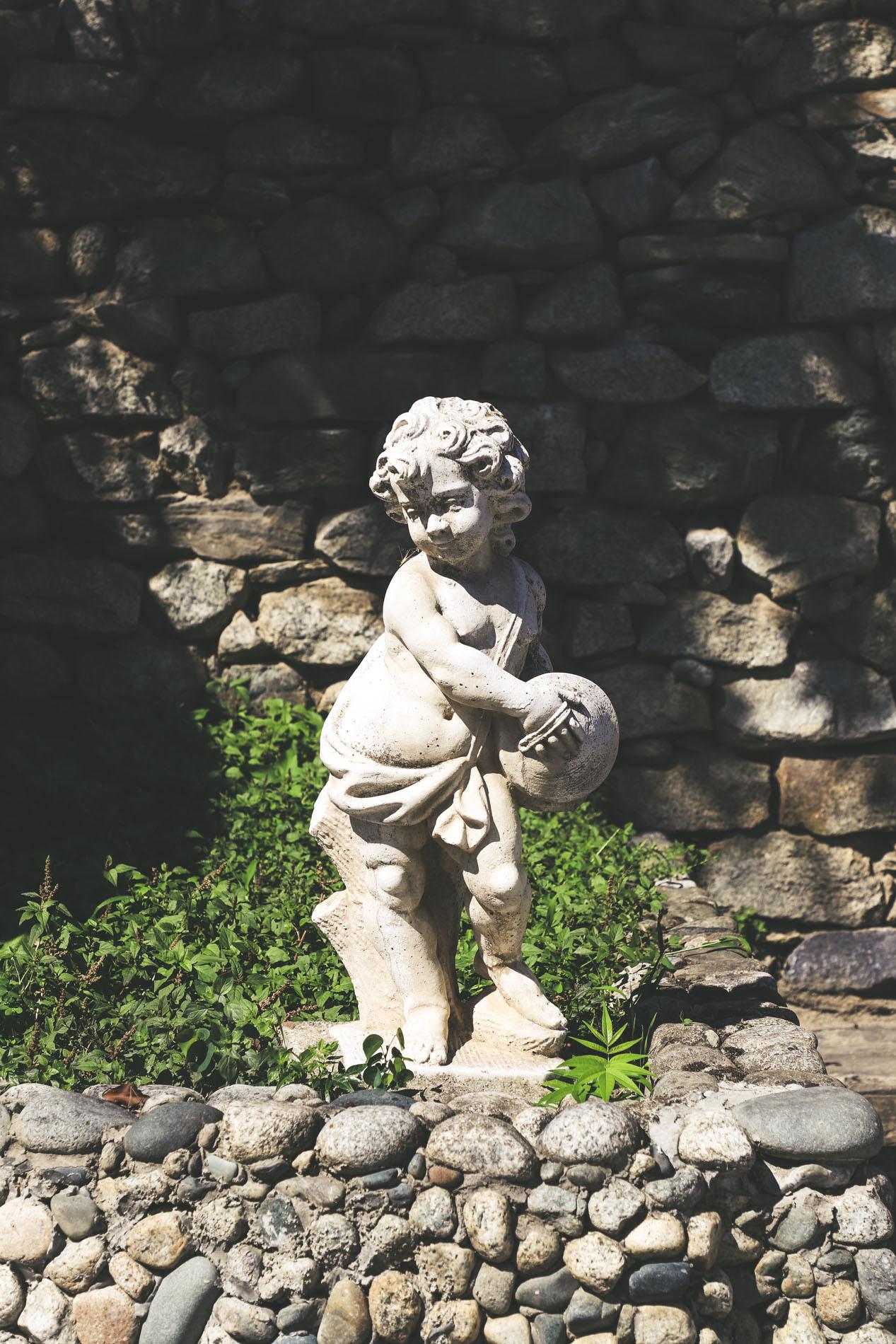 Statue fontaine Corse