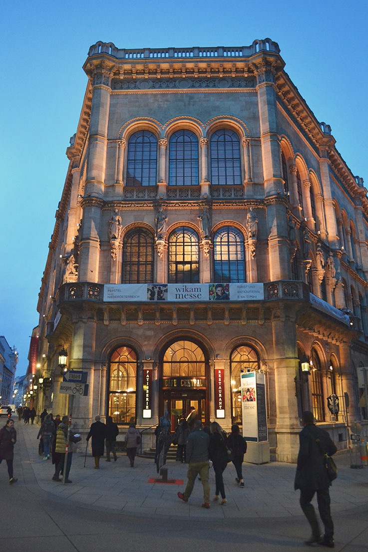 Cafe Central Vienne exterieur