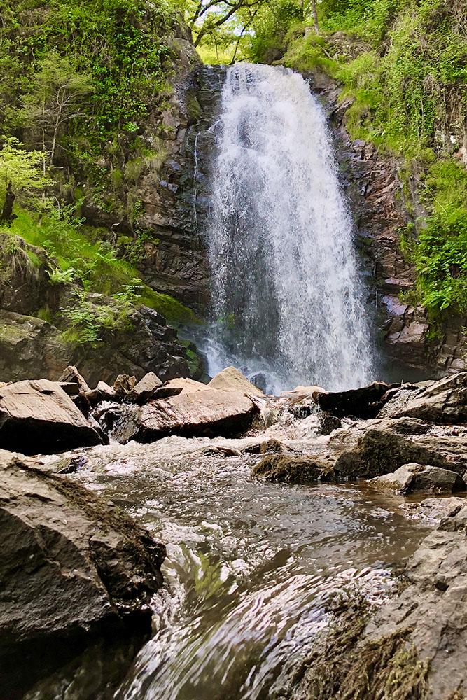 Cascades-eau-en-Correze
