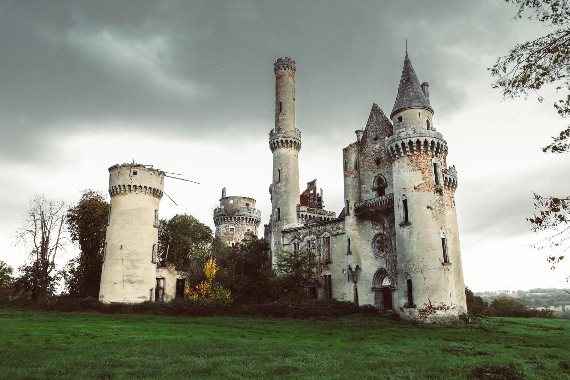 Urbex-chateau-de-bagnac