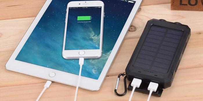 batterie externe solaire pour voyageurs