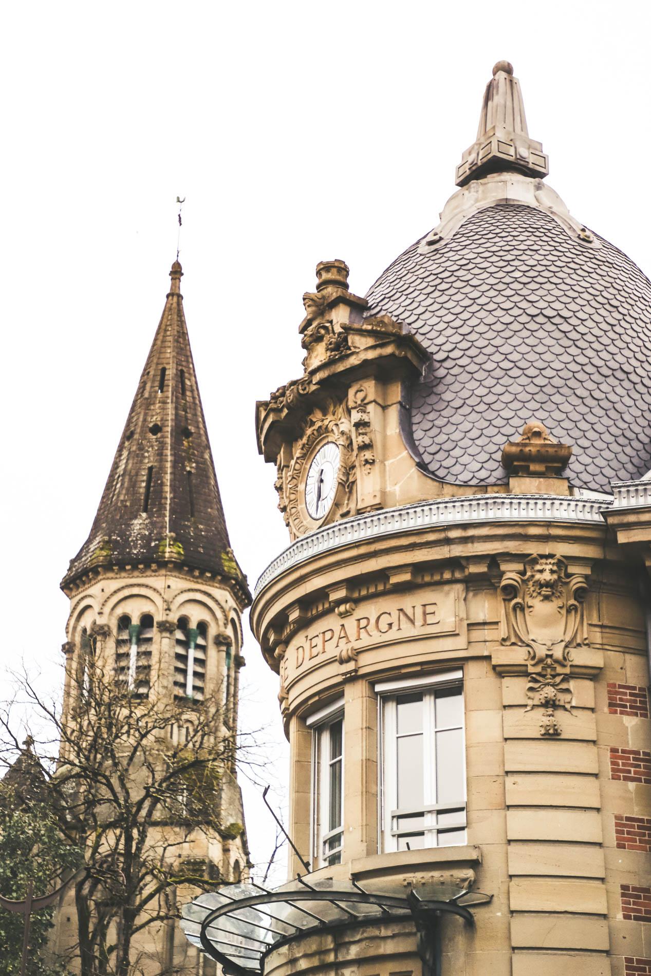 Banque-Caisse-Epargne-Architecture
