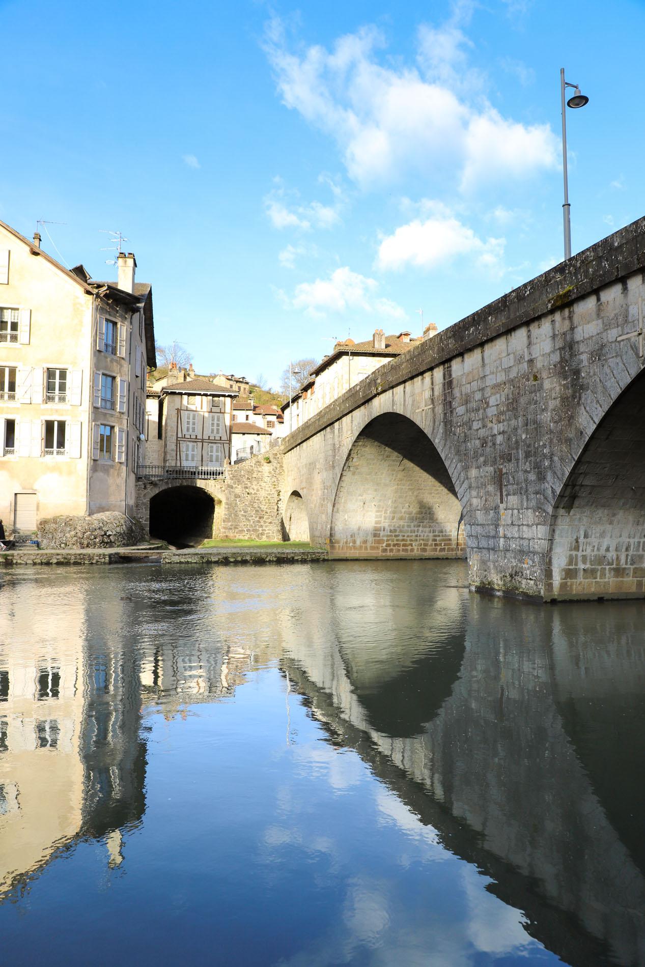 Le-pont-de-Laroquebrou