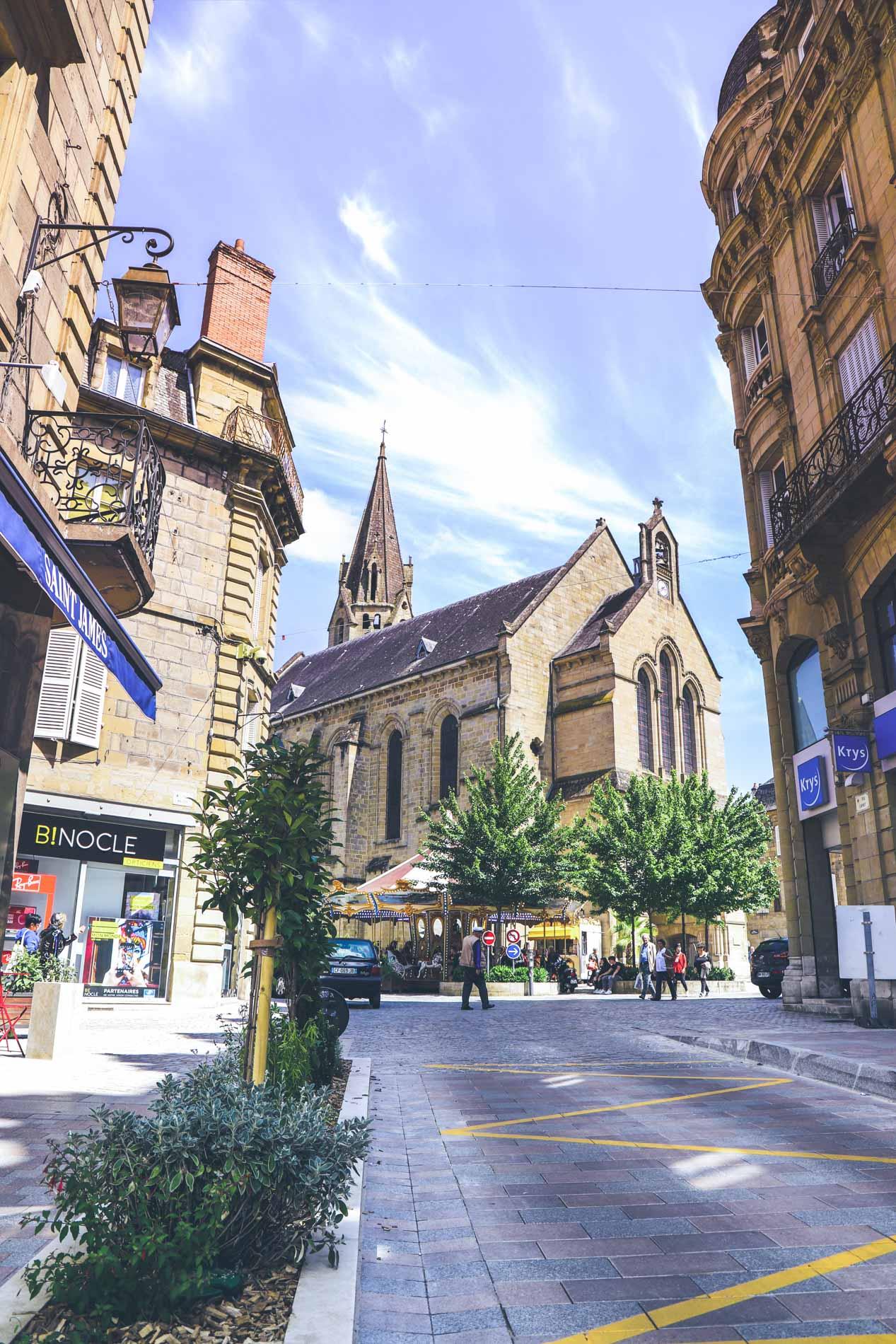Portrait_Place_de_L-Eglise-Brive
