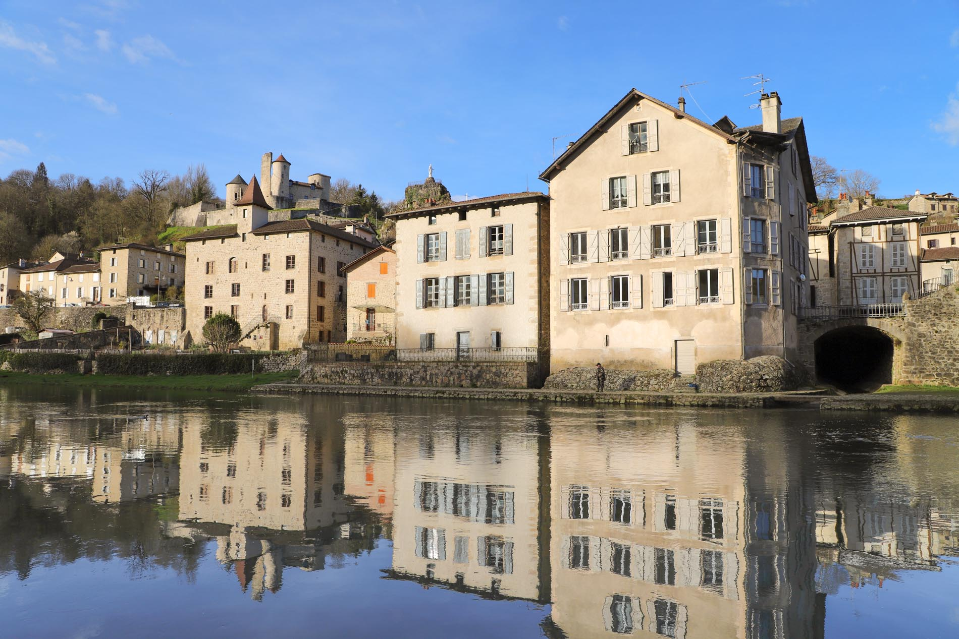 berge-village-cantal
