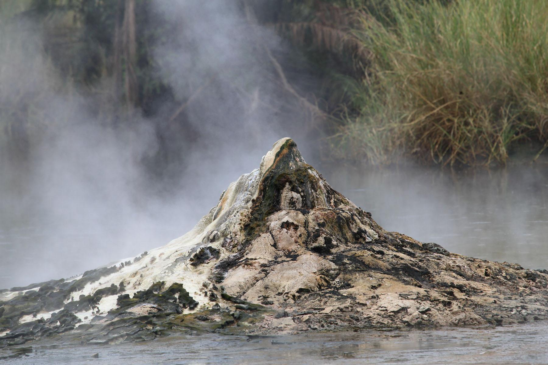 geyser-ouganda