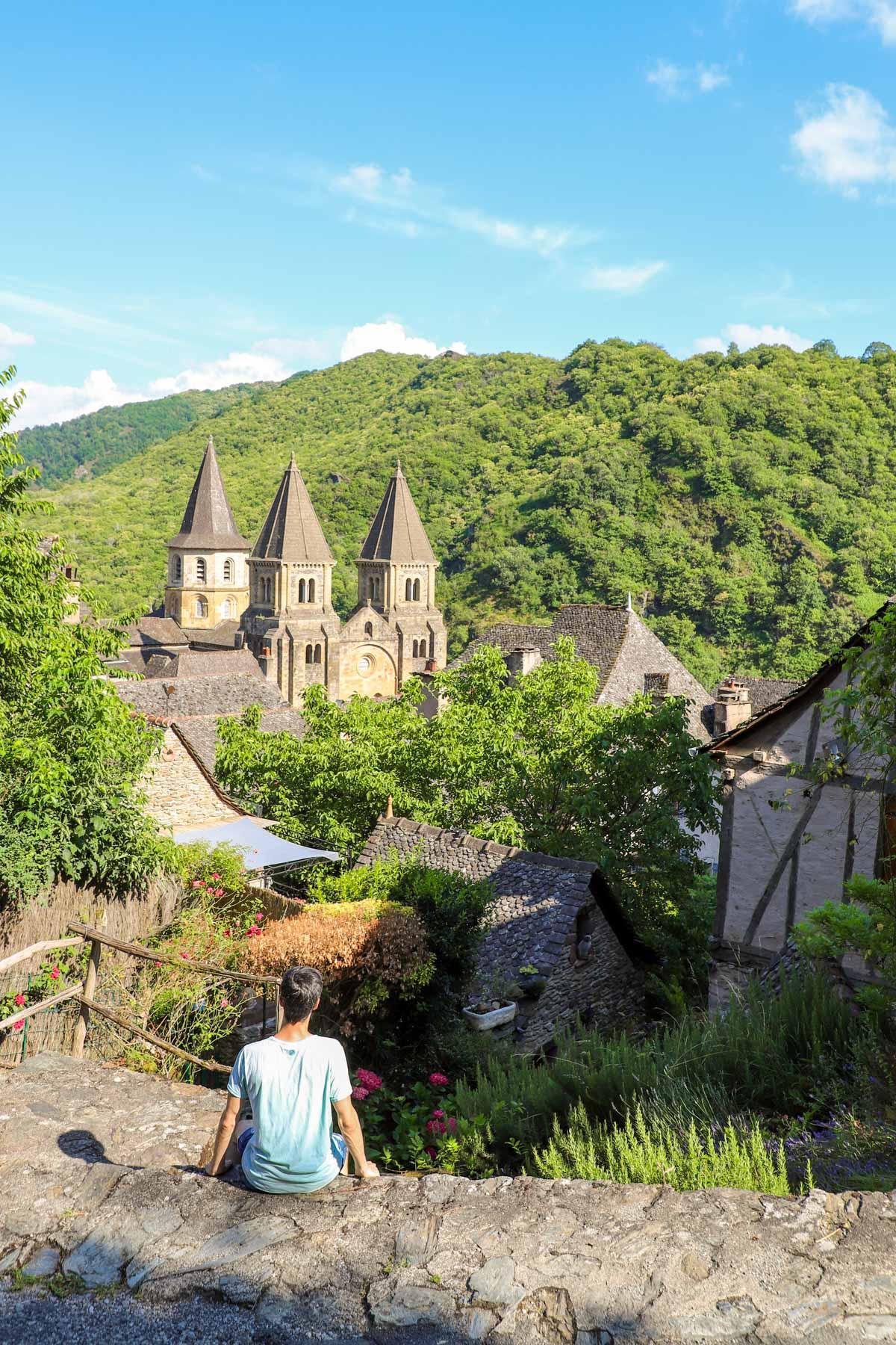 Visiter-conques-en-Aveyron