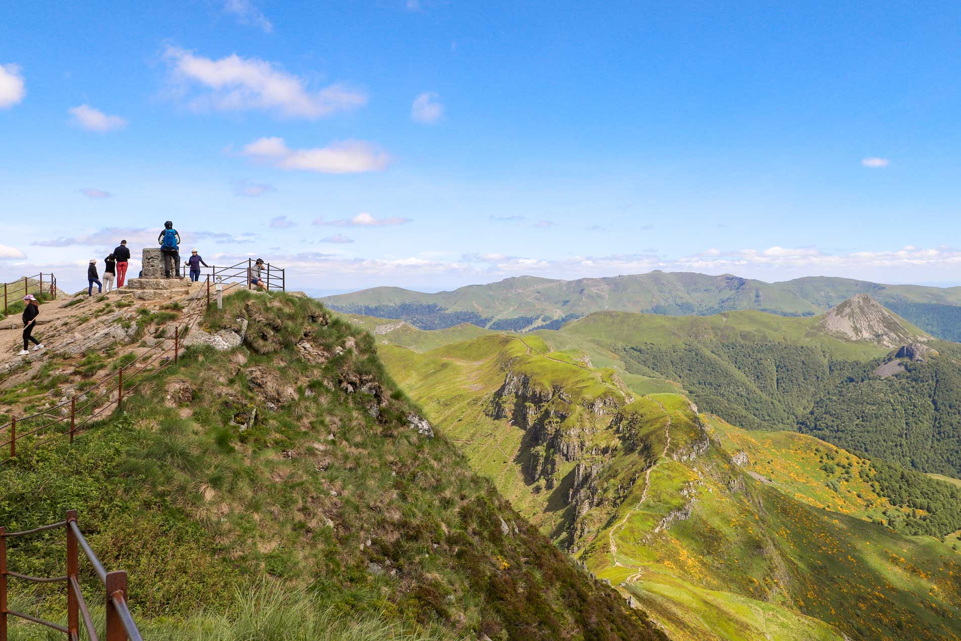 sommet-du-puy-mary-cantal