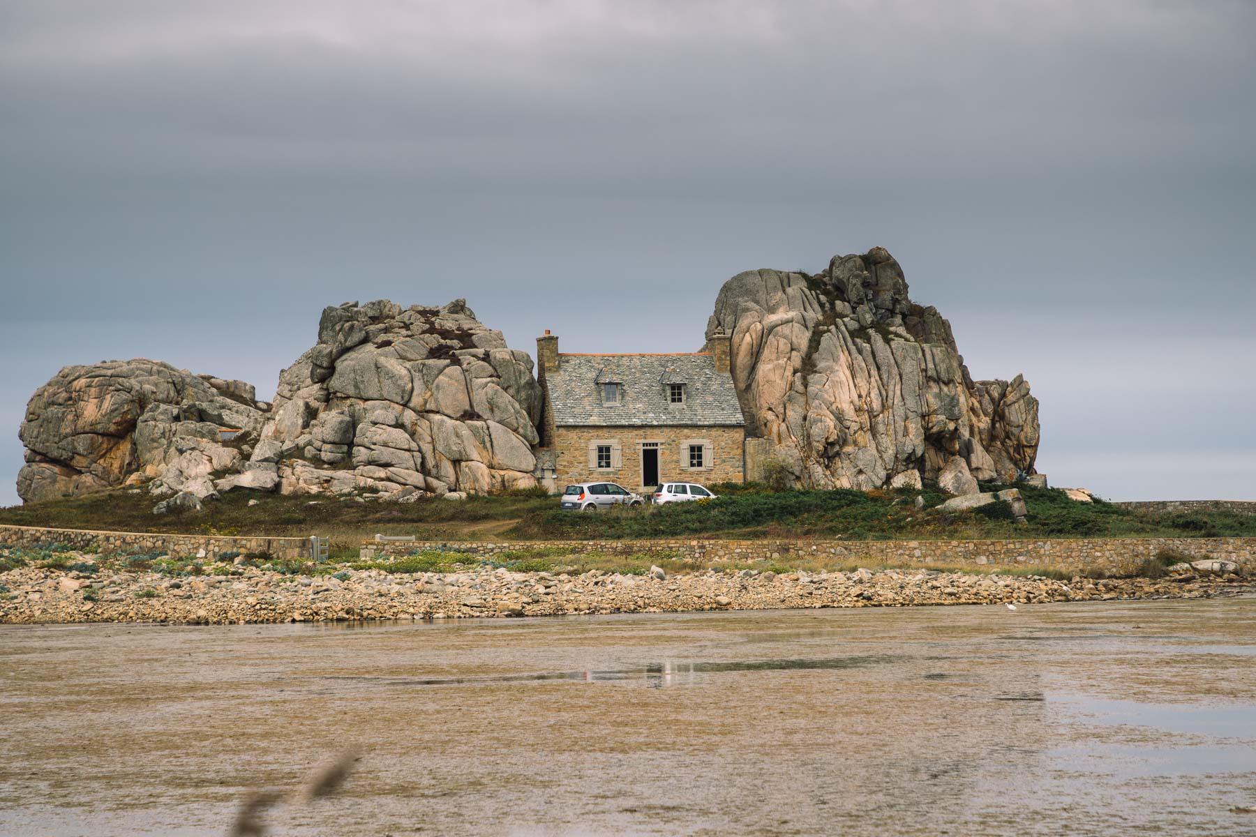 Maison_du_Gouffre-Plougrescant_Cotes_d_Armor_Bretagne