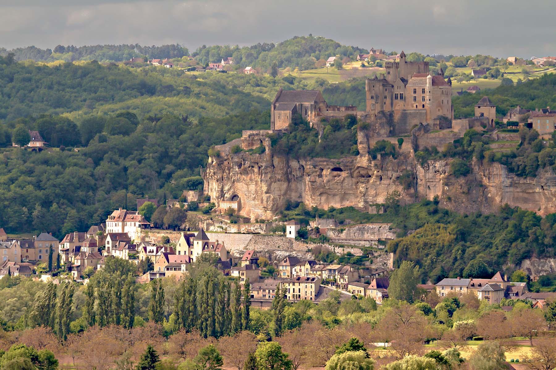 Quel-chateau-visiter-en-Dordogne